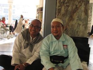 bersama pak Erhan, tetangga kami